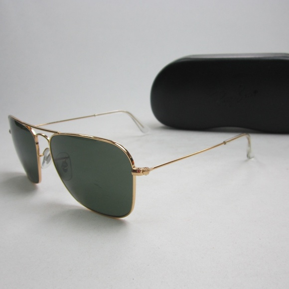7c4f375a17 RayBan RB 3136 Caravan 001 Sunglasses STE505. M 5b8964e203087c4d5776d9e7